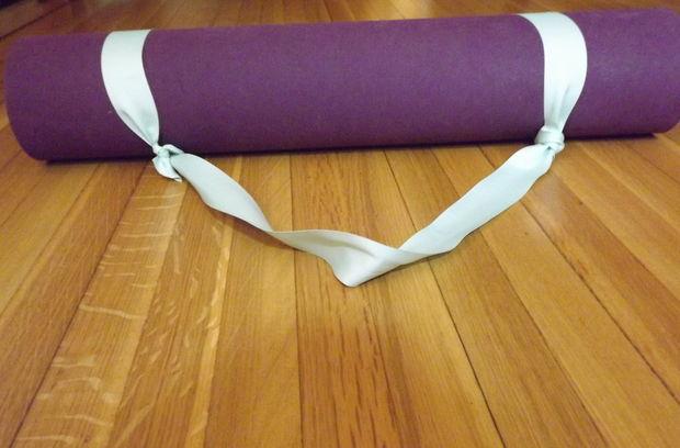 Hilarious Yoga Mat For Sale Ad On Craigslist Living