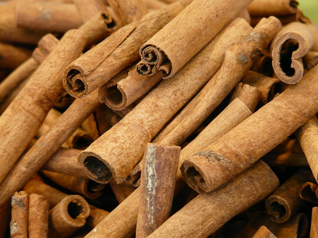 Cinnamon essential oil can naturally prevent dangerous foodborne illnesses