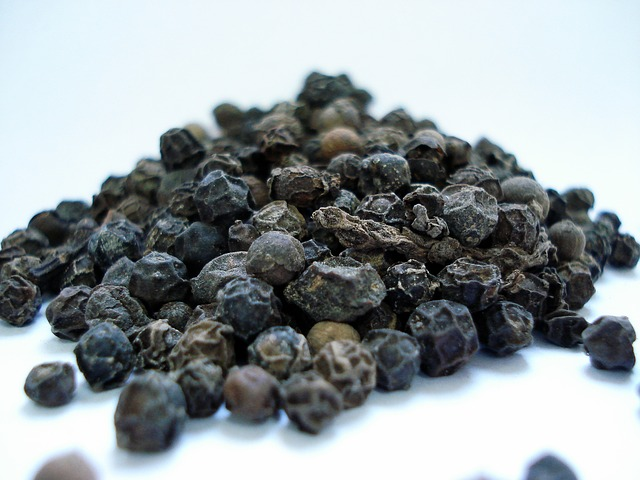 Black Pepper and Turmeric - This Combination Could Save Lives