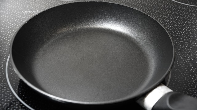 The Top 5 Most Toxic Cookware (and what to use instead)