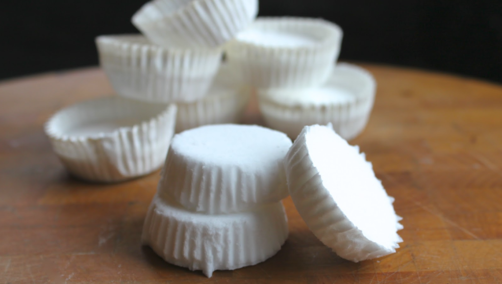 DIY Peppermint Shower Soothers To Fight Against Colds and Flu